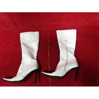Moteriški batai dėvėti
