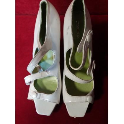 Moteriški batai dėvėti 03